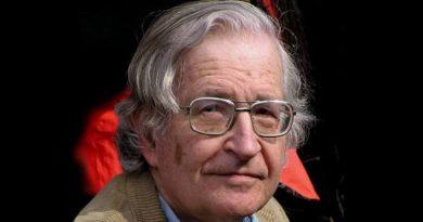"""Jarosław Urbański: """"Siła i opinia"""" (dyskusja z posłowiem do polskiego wydania książki Noam Chomsky'ego)"""